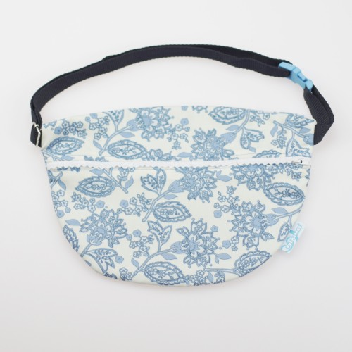 Mom's Pouch blue flowers